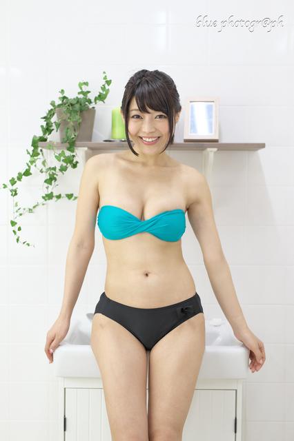 愛島りお4324.jpg